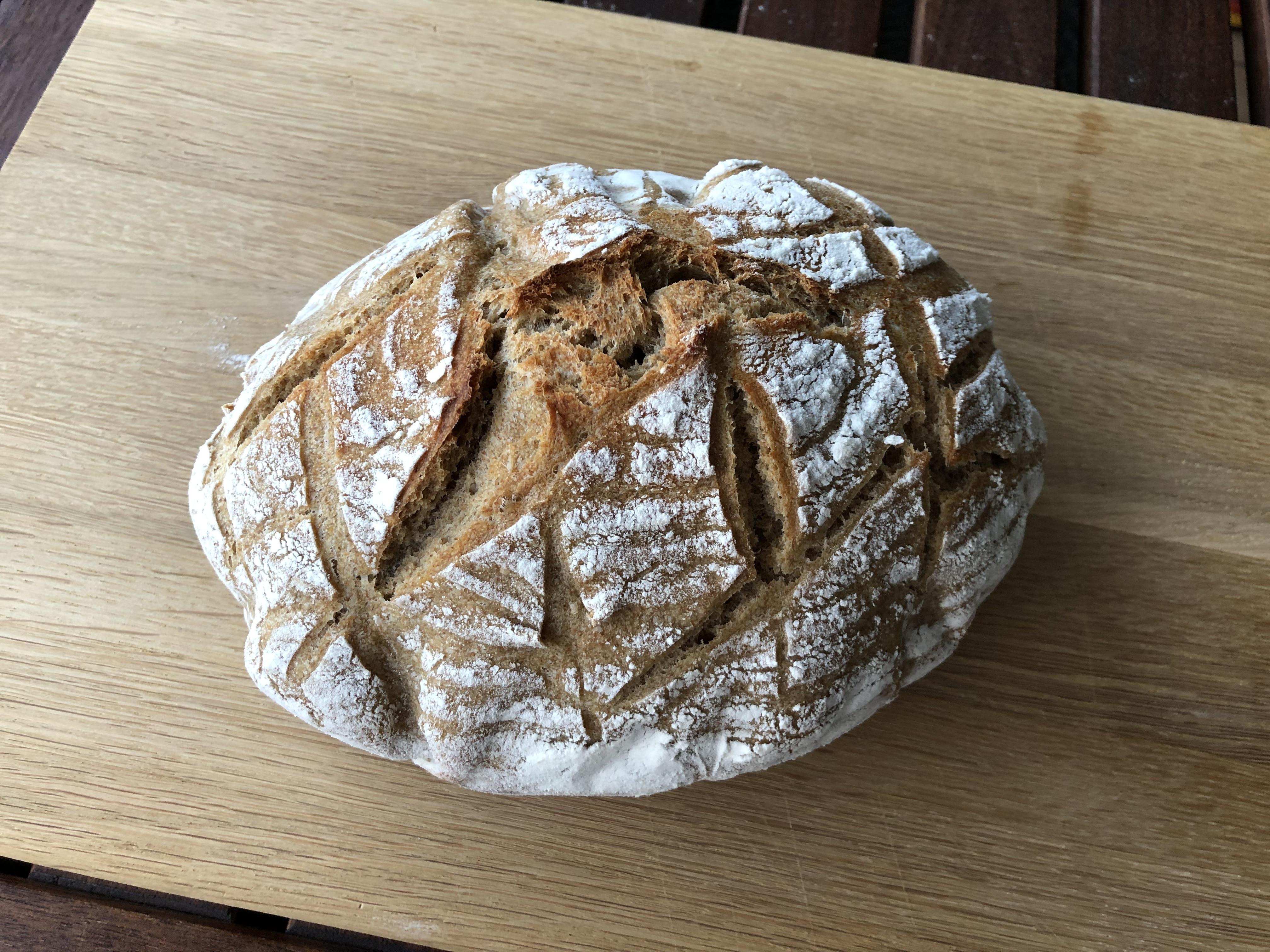 Weizensauerteigbrot Schweizer Brot Luftig Wie Eine Wolke